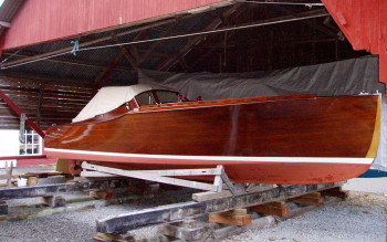 "C.G. Pettersson - ruffmotorbåt ""BROR"" - Årets verftrestaurerte motorbåt ved Risør Trebåtfestival 2010"